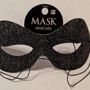 Cosmopolitan Masquerade Mask